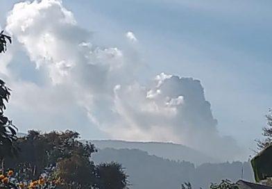 Gunung Tangkuban Perahu Erupsi, Waspadai Dampak Debu Vulkanik bagi Kesehatan