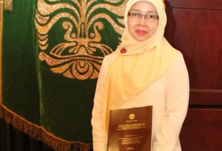 Promosi Doktor Sri Ningsih
