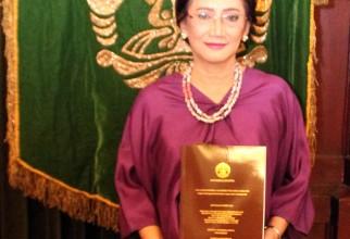 Promosi Doktor Dewi Irawati Soeria Santoso