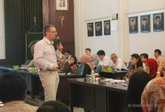 Hans-Jurgen Magert Beri Kuliah Penulisan Proposal dan Publikasi Internasional