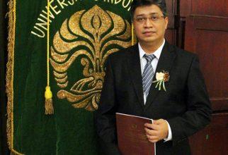 Teliti Pengembangan Tata Laksana LGK, Ikhwan Rinaldi Raih Gelar Doktor