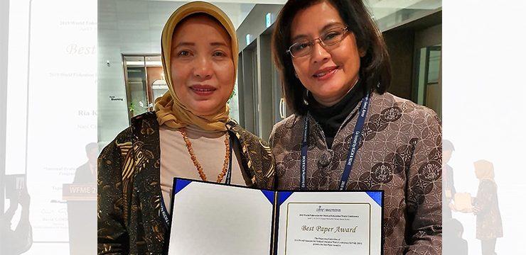 Dua Dosen FKUI Raih Best Paper Award for Poster Paper di Korea Selatan