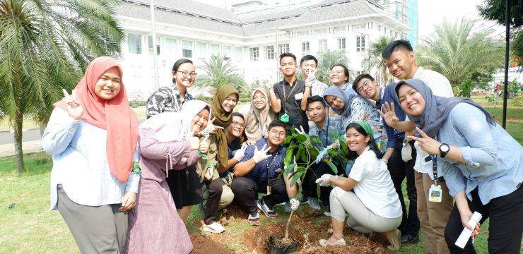 Program Green Campus/Penanaman Pohon