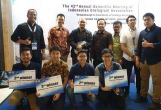 Mahasiswa PPDS Urologi FKUI Borong Prestasi di Konferensi Nasional