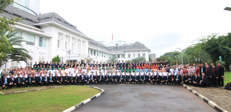 Foto Bersama Lulusan PPDS